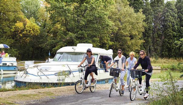 Canal-du-midi-Vélos-Bateaux-nicols-RacinesVoyages